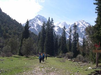 アラ・アルチャ自然公園 アラ・アルチャ渓谷 天山山脈 ビシケク キルギス