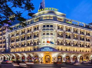 【ベトナム航空往復ビジネスクラス直行便利用/送迎付】ドンコイ通り5つ星のコロニアル様式ホテル『マジェスティック』宿泊ホーチミン4日間
