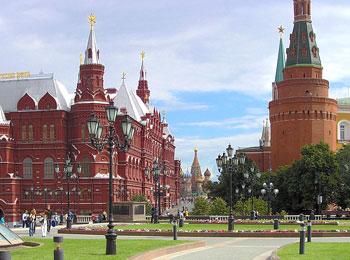 ~赤い矢号に乗車・エミレーツ航空利用~ ロシア人気の2都市を巡る サンクトペテルブルグ・モスクワ8日間の旅