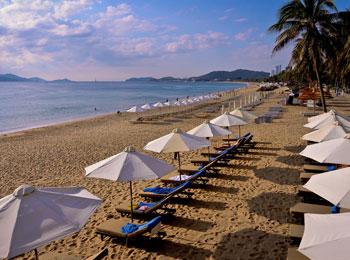 ベトナム屈指のビーチリゾート・ニャチャン リーズナブル5つ星ホテル『サンライズ ビーチ ホテル&スパ』滞在5日間