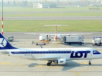 ポーランド航空往復直行便利用 歴史の街ワルシャワ5日間