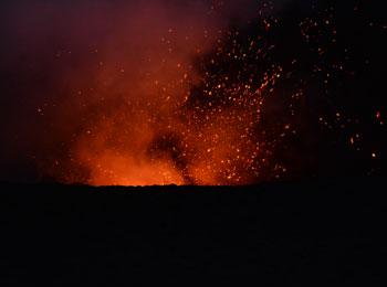南太平洋の秘境・バヌアツ☆タンナ島・ヤスール火山見学とエファテ島&ニューカレドニア8日間