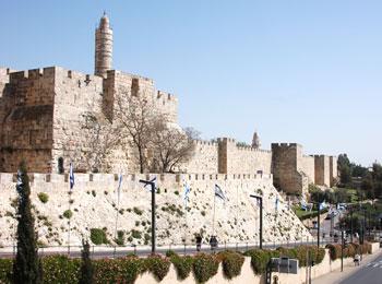旧市街の城壁