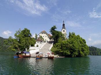 紺碧のアドリア海と中世の街並み☆ブレッド湖、ポイストナ鍾乳洞、プリトヴィッツェも訪れる☆スロベニア・クロアチア周遊9日間<エミレーツ航空利用>