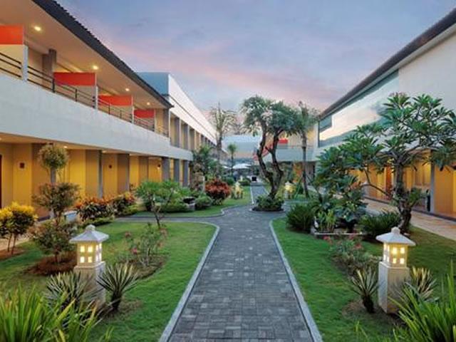 <福岡発>フィリピン航空で行く、クタビーチまで徒歩圏内の「クタステーションホテル&スパ」に泊まるバリ島 4日間!【カード決済OK】