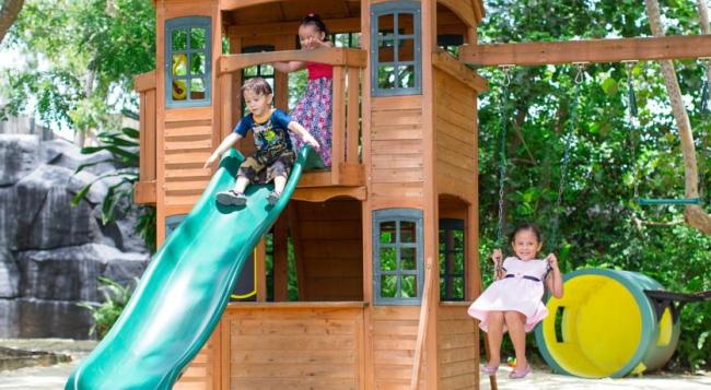 お子様エリアも完備!プールや託児所もあるので、ご家族旅行にも人気があります/イメージ