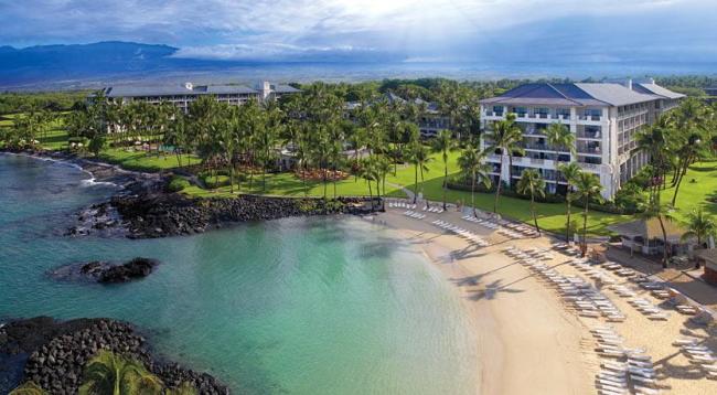 ハワイ島では貴重な白砂ビーチがあります/フェアモントオーキッド/イメージ