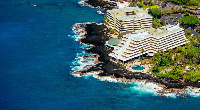 JAL直行便で行くハワイ島♪ロイヤルコナリゾートに滞在♪お子様3.3万円引き!送迎or滞在中レンタカー乗り放題♪リゾートフィー込み・ヴァリューワールド特典付き♪
