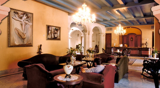 富豪の邸宅をホテルに改造したクラシックホテル/サンタイサベル/イメージ