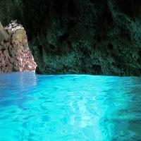 神秘的な青の洞窟(イメージ)