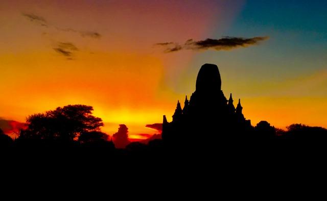 【安心日本語ガイドが同行】魅力あふれるミャンマーを周遊ハイライトコース7日間(ヤンゴン・バガン・マンダレー・インレー湖)ホテルはスタンダードプラン