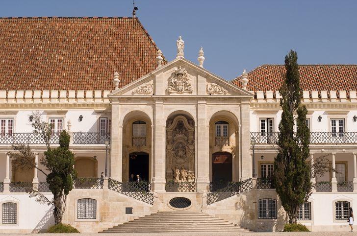 ポルトガル周遊火曜日リスボン発6日間~世界遺産コインブラ大学とオビドス・バターリャを訪ねて~ 羽田・深夜発エールフランス利用