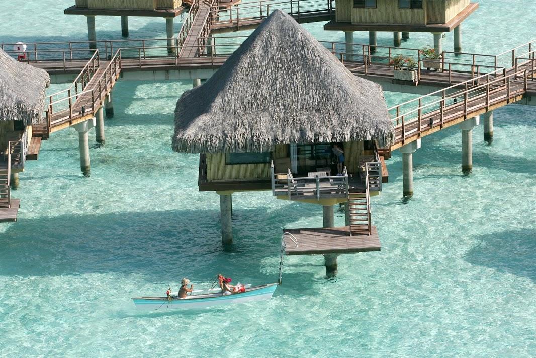 憧れリゾートタヒチ◆ボラボラ島6日間/インターコンチネンタル・ボラボラ・ル・モアナ・リゾート(ラグーン水上バンガロー)