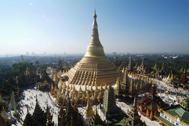 【全日空直行便】金色に輝くミャンマー最大の聖地「シュエダゴンパゴダ」と市内観光付ヤンゴン5日間【日本語ガイドと安心送迎付】ホテルはデラックスプラン