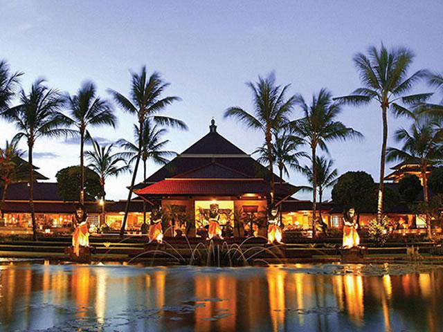 <福岡発>~フィリピン航空で行くアジアリゾート・バリ島~ ジンバラン湾を望む白砂のビーチに建つ高級リゾート「インターコンチネンタルホテル」に泊まるバリ島 4日間!【カード決済OK】