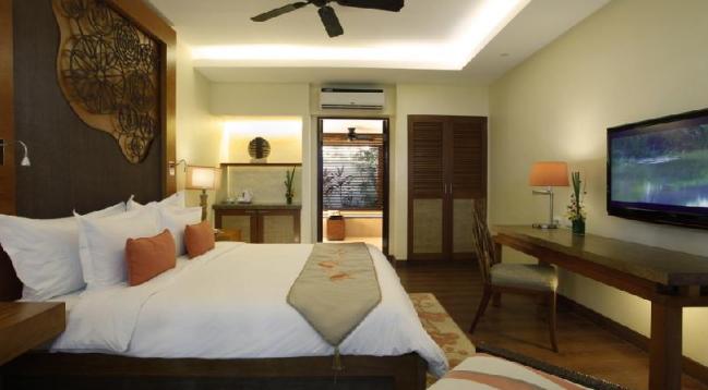 44平方メートルのゆったりしたお部屋です!広々したバスルームも完備!/デラックスガーデンビュー(イメージ)