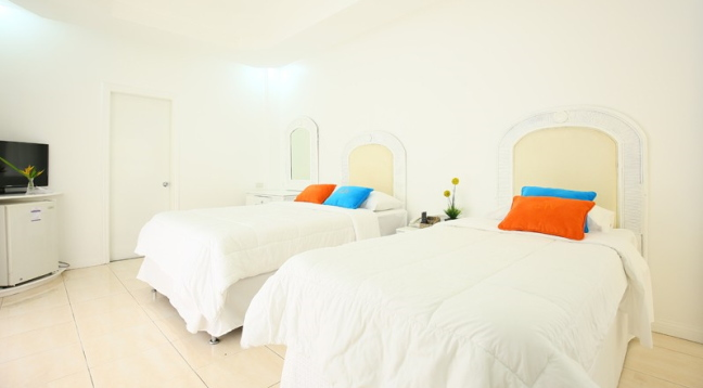 お部屋も白を基調にシンプルにまとめられているお部屋です/イメージ