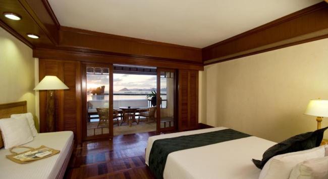 【ビーチフロントコテージ】お部屋とベランダからは美しいビーチがご堪能いただけます/イメージ