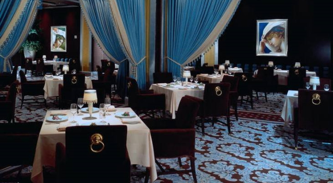 本物のピカソの絵が贅沢に飾られているレストラン「ピカソ」/ベラージオ/イメージ