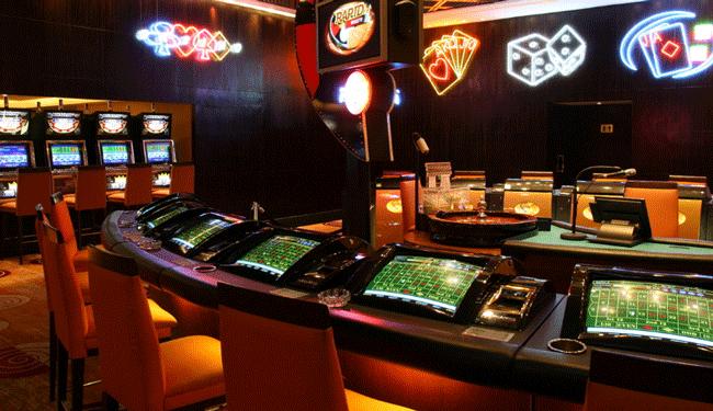 吹き抜けのカジノを完備!マニラ最大規模です/ニューワールドマニラ ベイホテル(旧ハイアット)/カジノイメージ