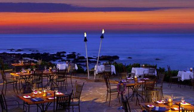 レストランは9軒あります/ヒルトンワイコロア/イメージ