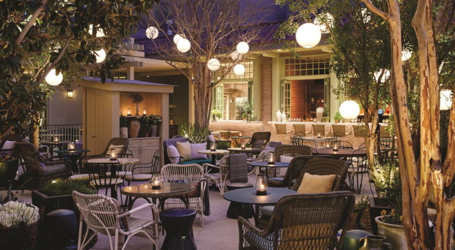 レストラン、バー、スパ、ジムもあります/イメージ/パークMGM