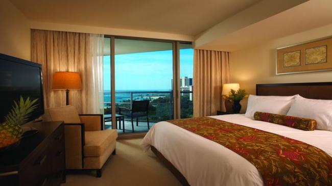 寝室からも青い海が見えるのでリゾート感満点!/トランプ/イメージ